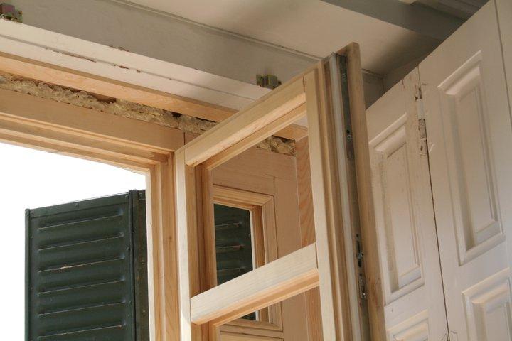 Carpinteria ventanas puertas mallorquinas - Calle castello madrid ...