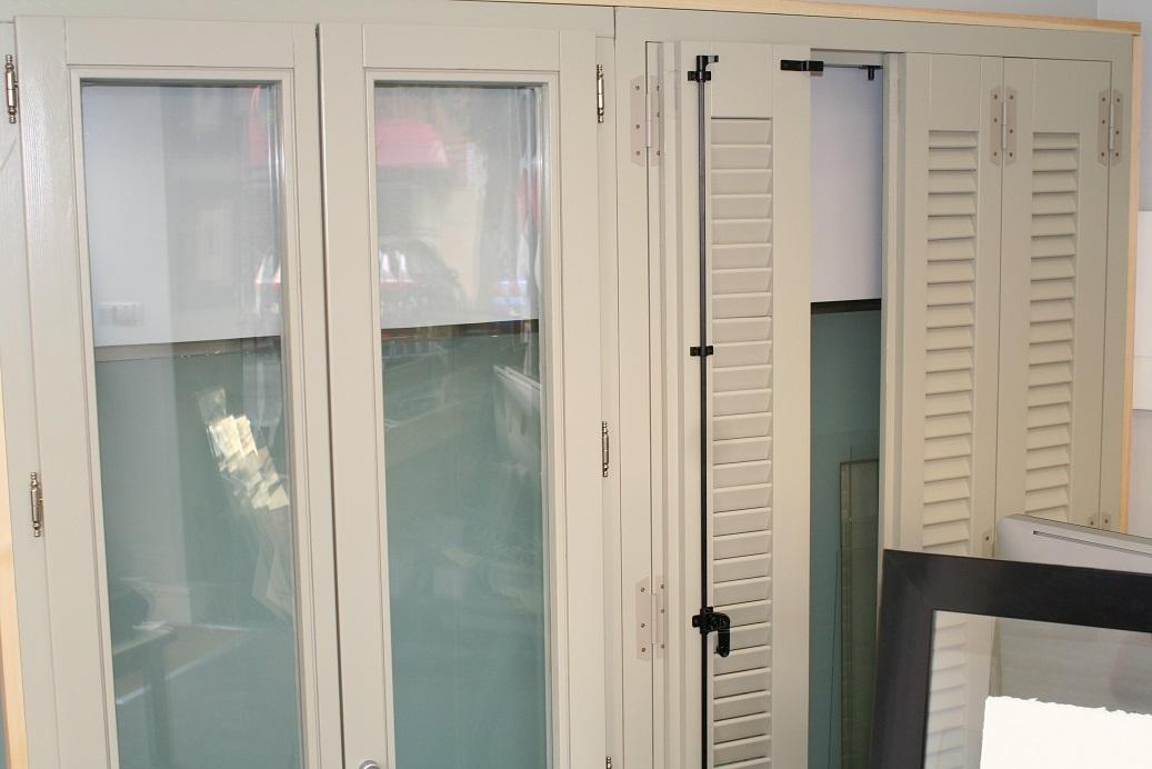 Iberholz ventanas de madera madera para pintar - Ventanas de madera madrid ...
