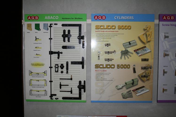 http://www.iberadria.com/casas-prefabricadas/iberadria.jpg